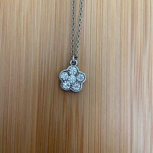 Forever 21 Flower Necklace